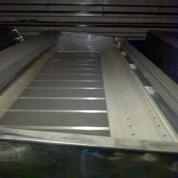 Vendo 3 Góndolas de congelación de 3.30 m y 1 de 4 m de