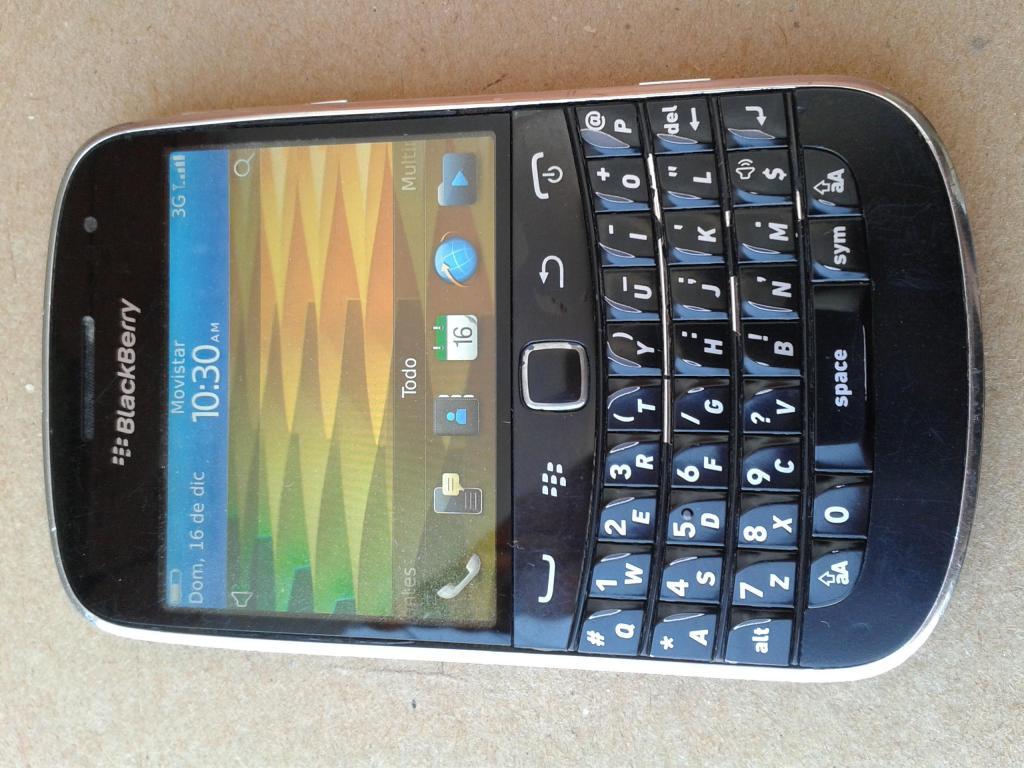 ¡Blackberry  Bold 5! Con 1 Batería Nueva Y 2 Usadas