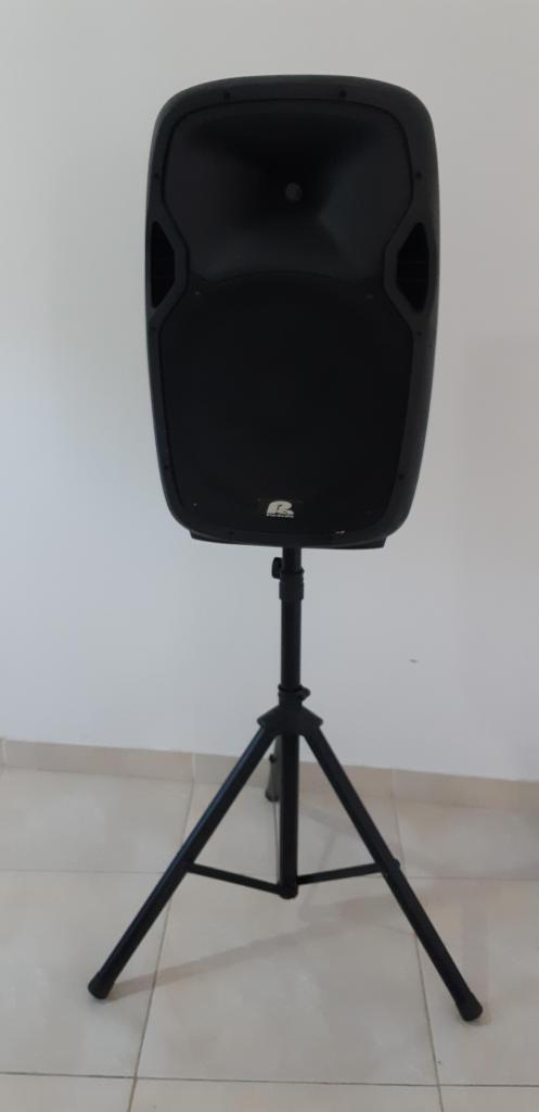 Cabina de sonido Pro Audio W MP3BTFM trípode