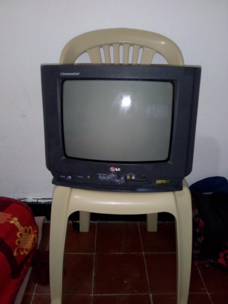 Televisor Dañado para Repuesto Lg 14