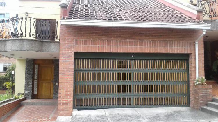 Cod. ABPRO22 Casa En Arriendo En Medellin Poblado