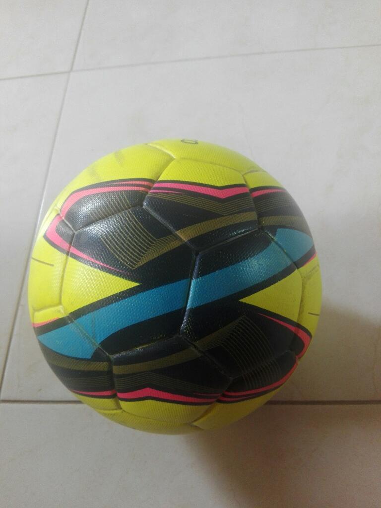 Balón de Fútbol4, 6 Camisetas Del Real
