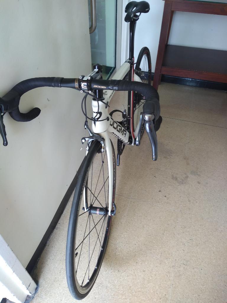 Bicicleta Pinarello en Fibra de Carbono