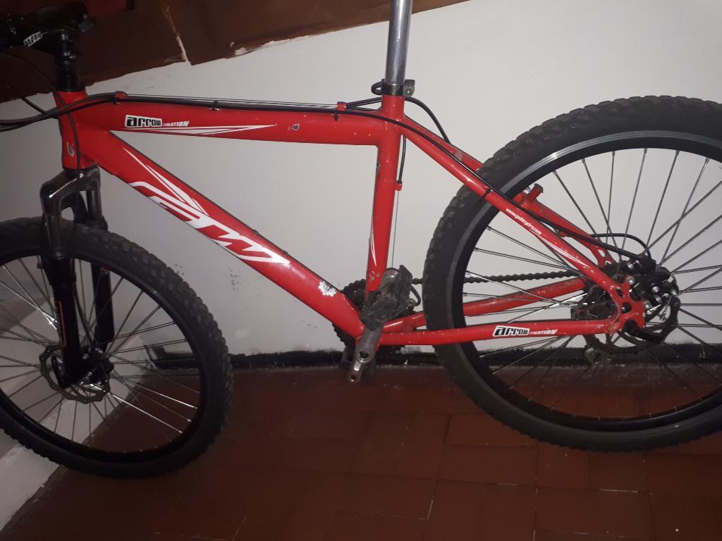 Vendo Bicicleta Todoterreno Gw en Alumin