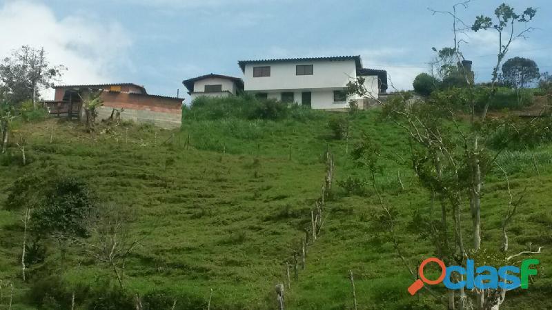 Vendo Finca entre Barbosa y Santo Domingo COD 29