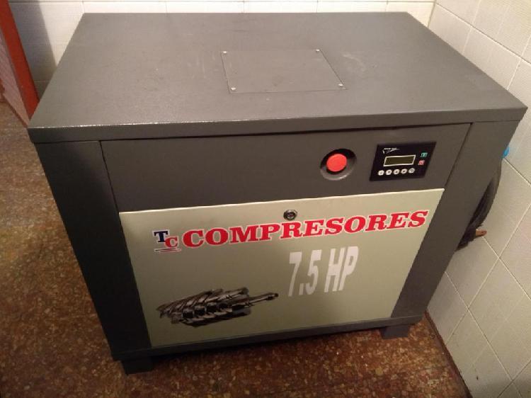 Compresor de tornillo 7.5 HP 50 horas de uso