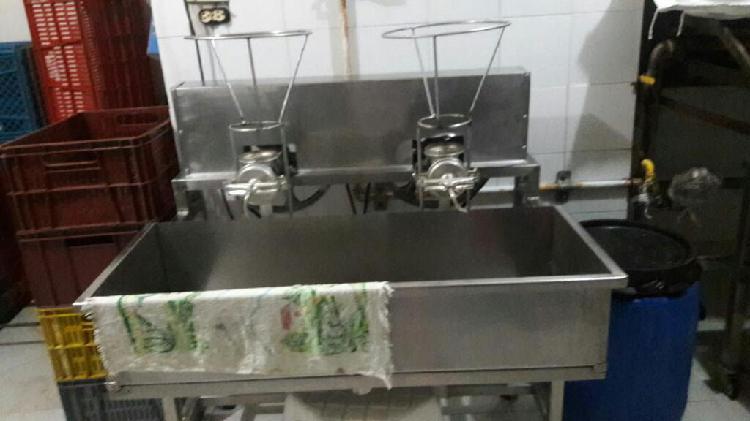 Se Vende maquinaria,para iniciar fabrica de arepas