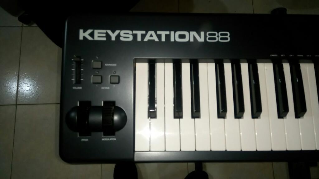 Teclado M Audio Keystation 88