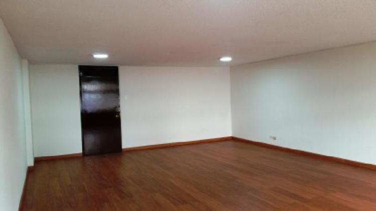 Cod. VBBRE6018107816 Oficina En Venta En Bogota San