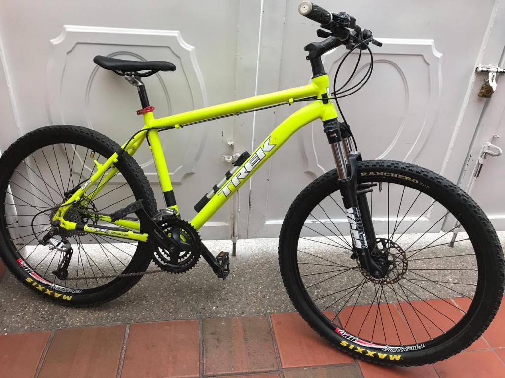 Bicicleta en Aluminio Frenos Hidraulicos