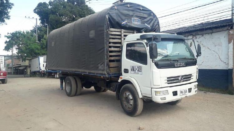 Servicio transporte camion carpado hasta 8 toneladas con ARL
