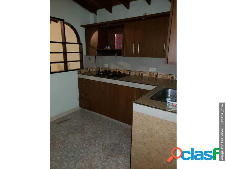 Apartamento Cuarto Piso 63m2 Buenos Aires (Bello)