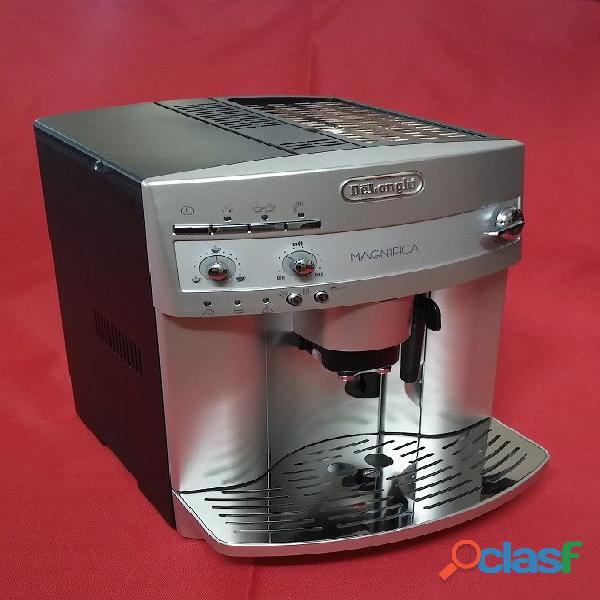 Cafetera Capuchinera Delonghi Magnifica Esam 3300