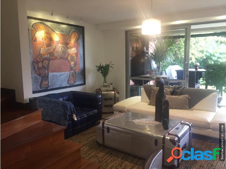 Casa en venta en Envigado - San Lucas