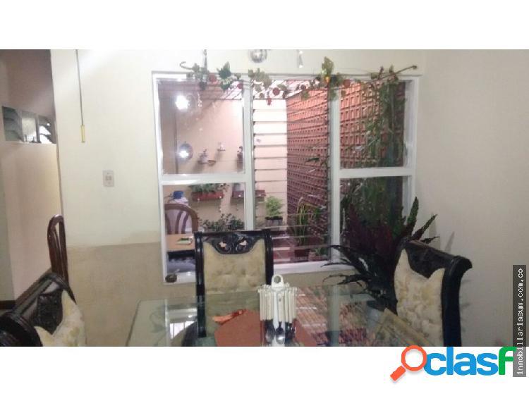 Casa en venta en la Castellana Medellín