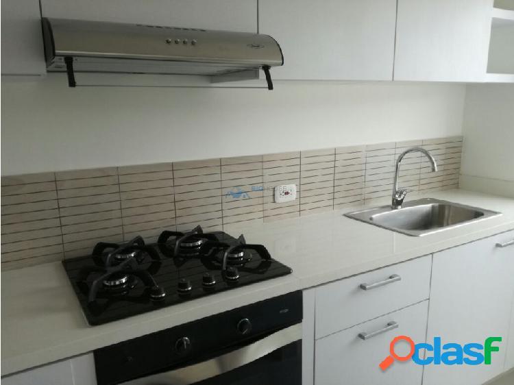 Se Arrienda apartamento R. de la Sabana T3703
