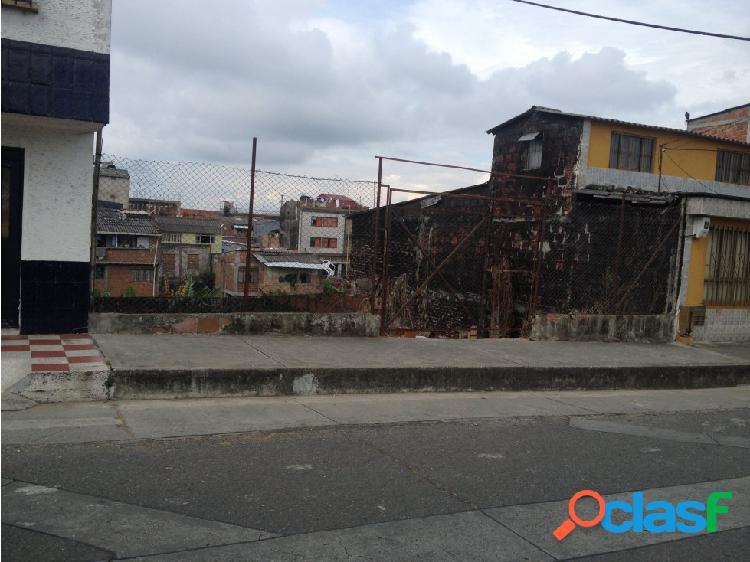 VENTA DE LOTE EN EL CENTRO DE CALARCA, QUINDIO
