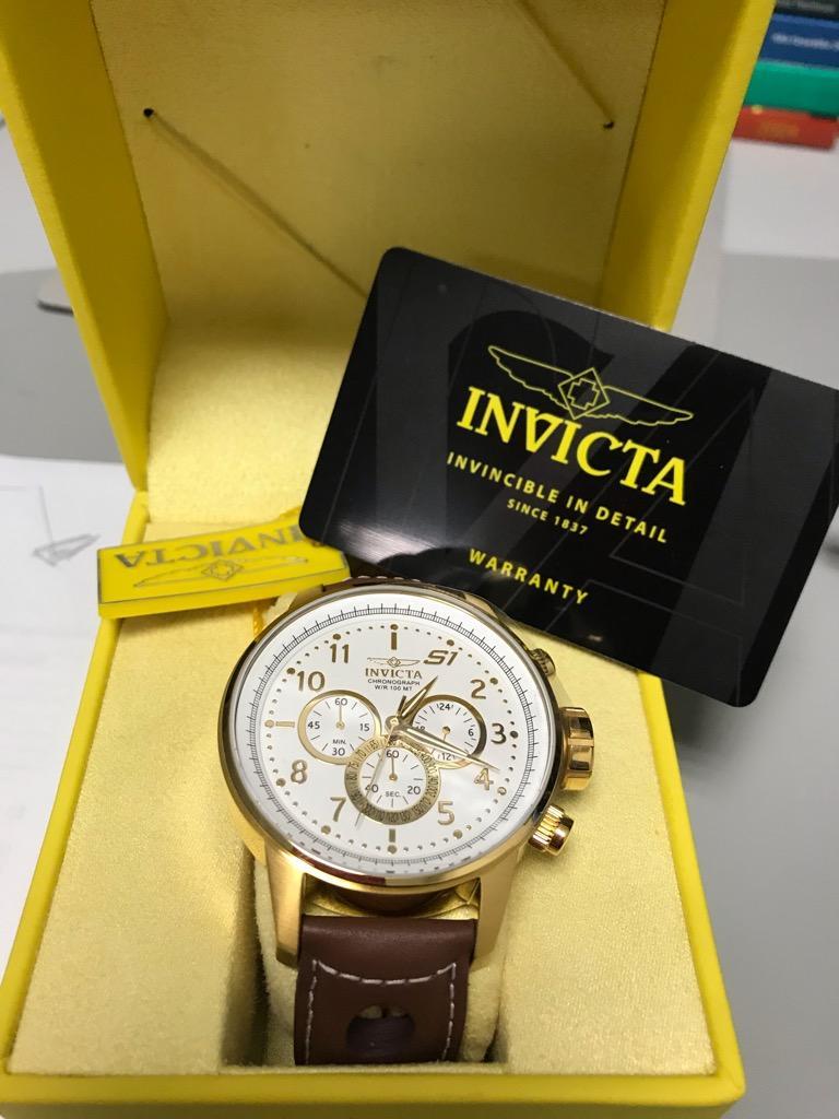 Reloj Invicta  Baño en Oro / Cuero