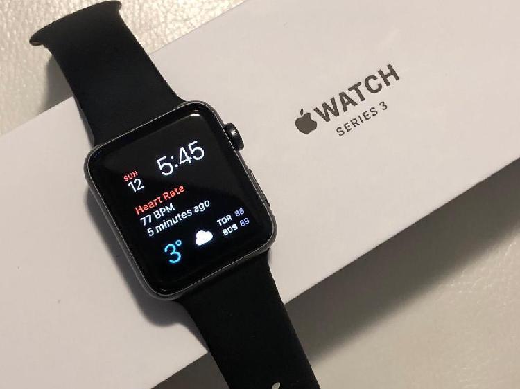 Vendo Apple Watch Serie 3 42mm Case Spac