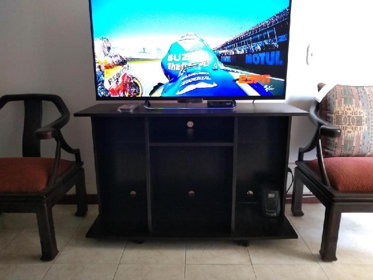 Mesa Mueble para TV y equipo