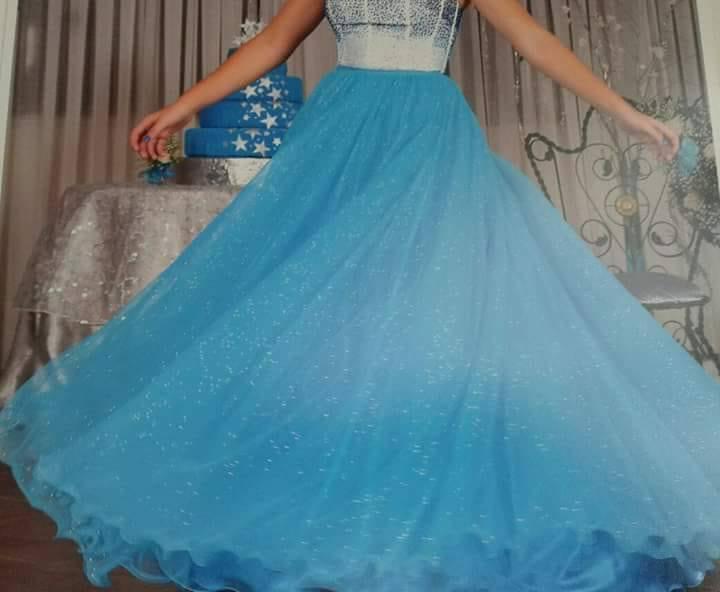 Vestido De 15 Años!!! Diseño único, falda larga y corta.