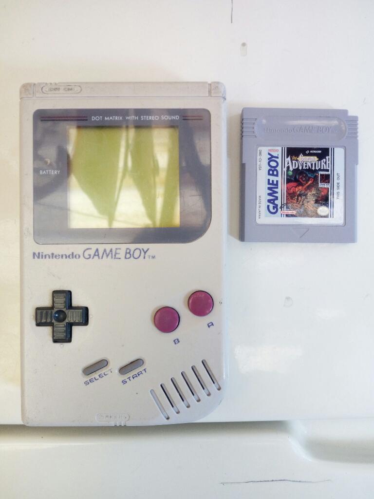 Nintendo Game Boy  con Un Juego