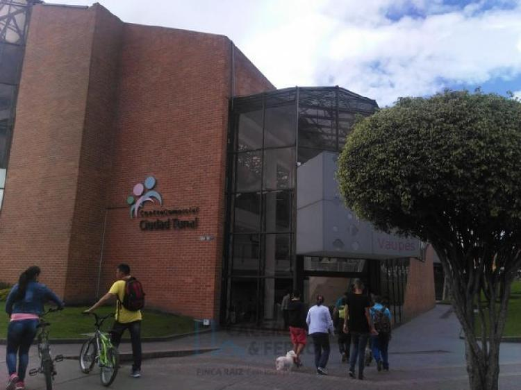 Cod. ABCYF20553 Local En Arriendo En Bogota Ciudad