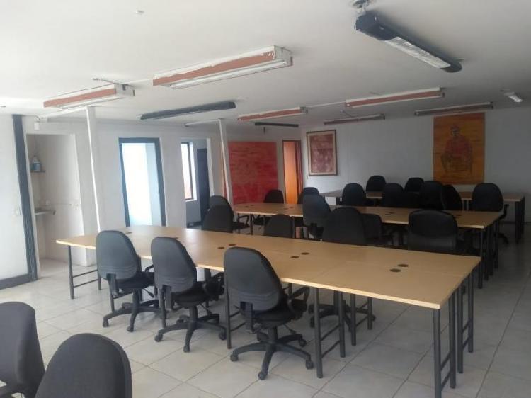 Cod. ABLUQ2018080012 Oficina En Arriendo En Bogota Santa