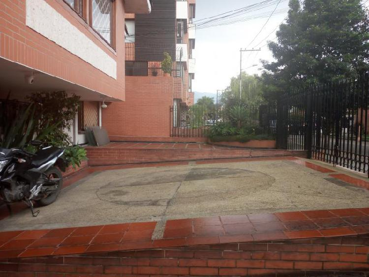 Cod. ABLUQ2018120012 Oficina En Arriendo En Bogota San