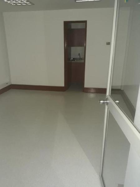 Cod. ABMAT10431 Oficina En Arriendo En Medellin Milla De Oro