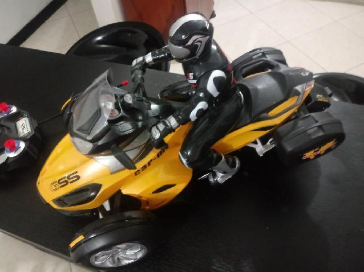 Vendo Moto a Control Remoto para Niño