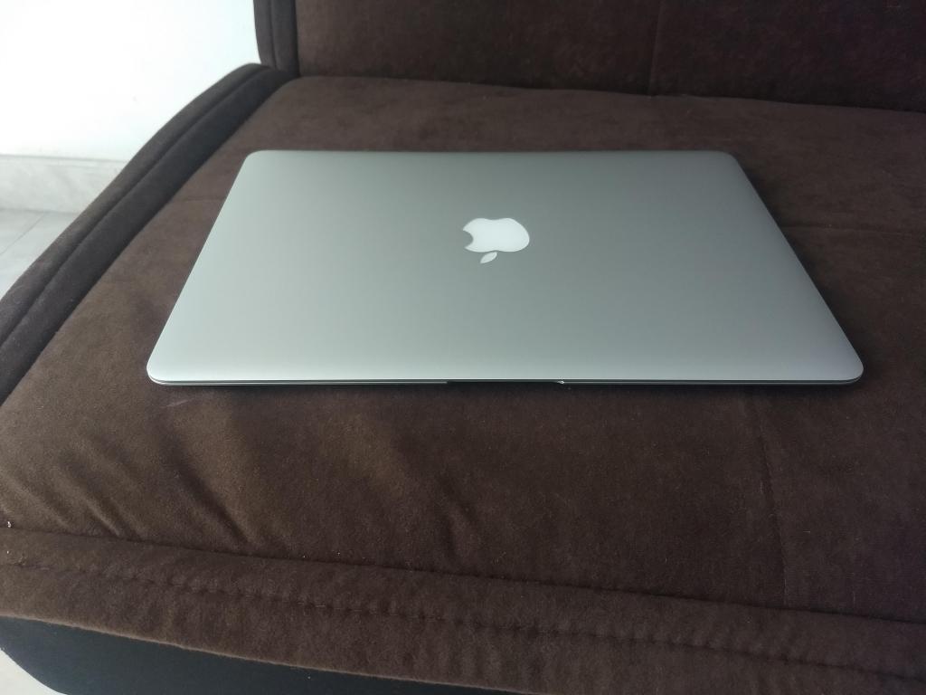 portatil macbook air  core 5 4 gb de ram disco