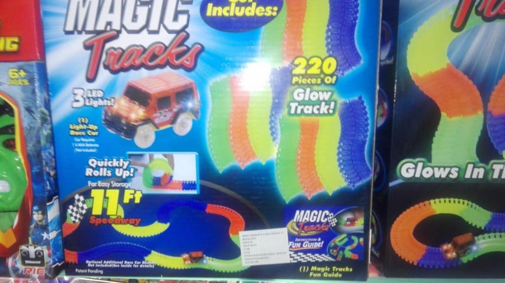 PISTA Magic Tracks Pista Magica Carros Flexible Brilla