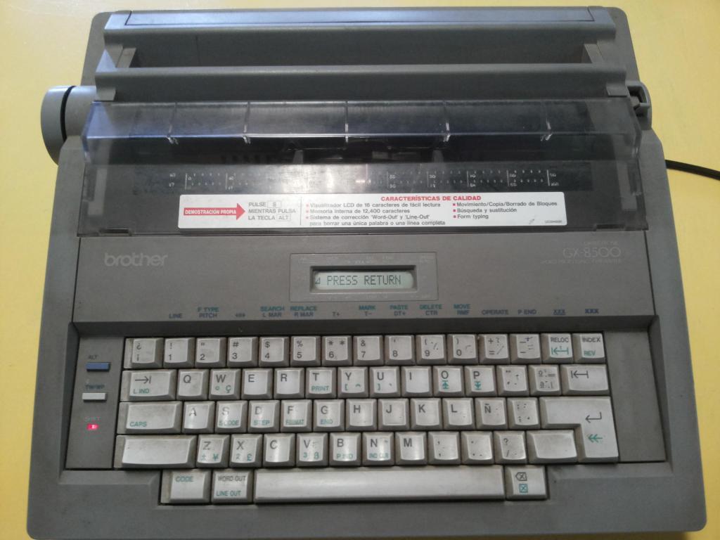 vendo o permuto maquina de escribir electrica