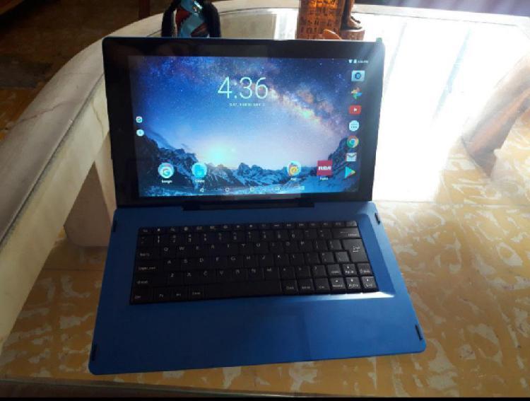 Tablet 2 en 1 Galileo Pro con Teclado