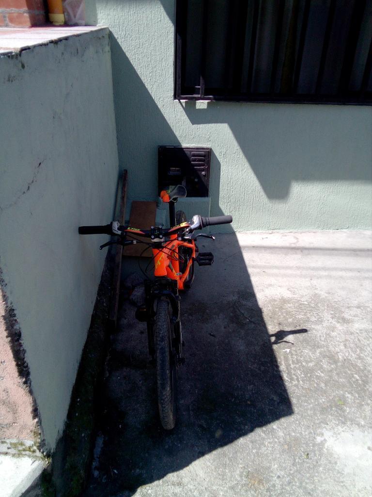 Vendo Bici Todoterreno para Niño Rin 20