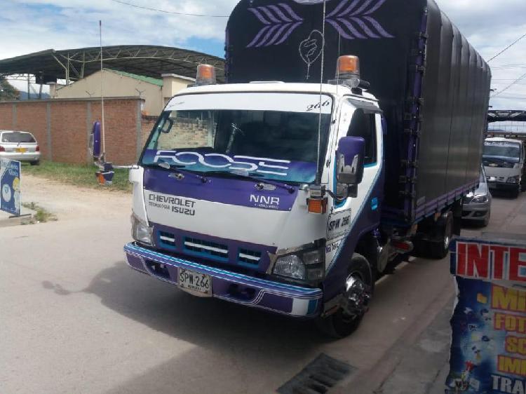 Camion Turbo chevrolet nnr modelo 2011
