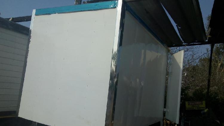 Vendo Furgon Refrigerado Nhr