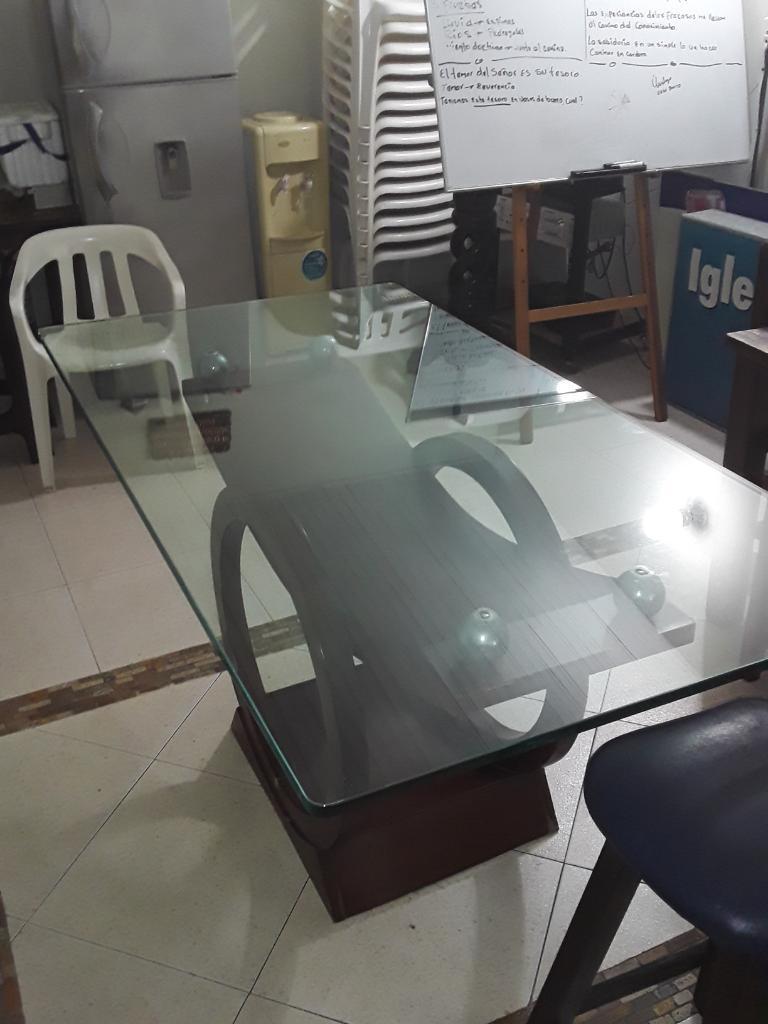 Mesa de Comedor en Buen Estado