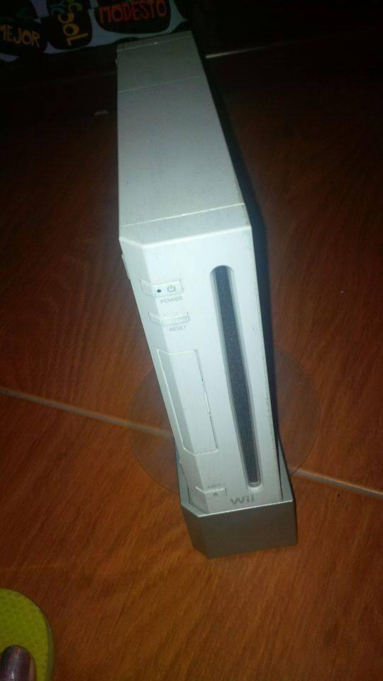 Consola Nintendo Wii Con Accesorios