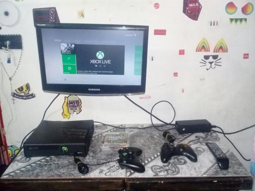 Xbox 360 con Televisor de 19