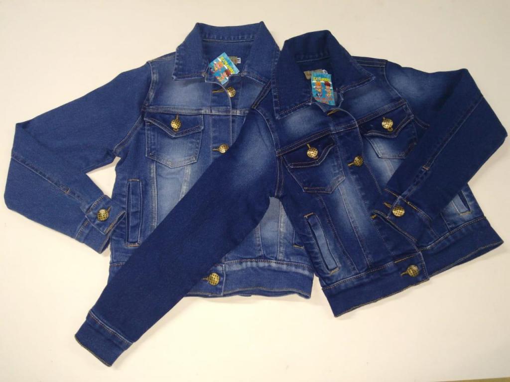 Venta de chaquetas de jean para niña.