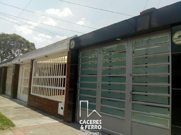 Cod. ABCYF21317 Casa En Arriendo En Bogota Modelia