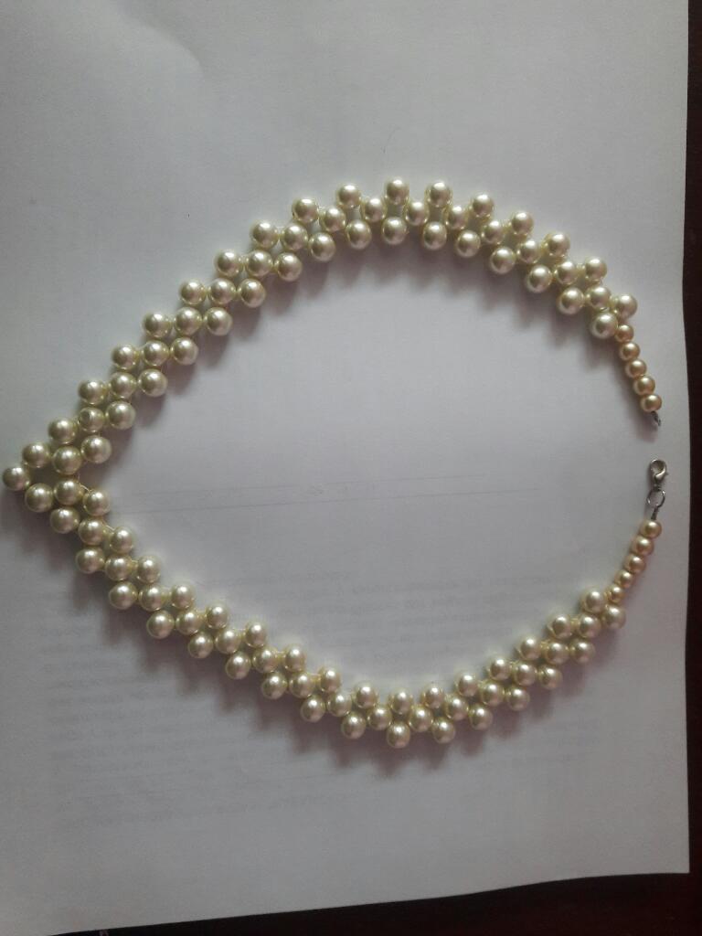 Collar de Perlas Elegante