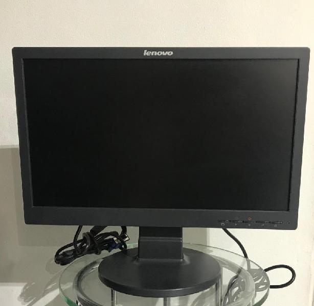 Monitor Lenovo V1Hkd04 como nuevo Cali
