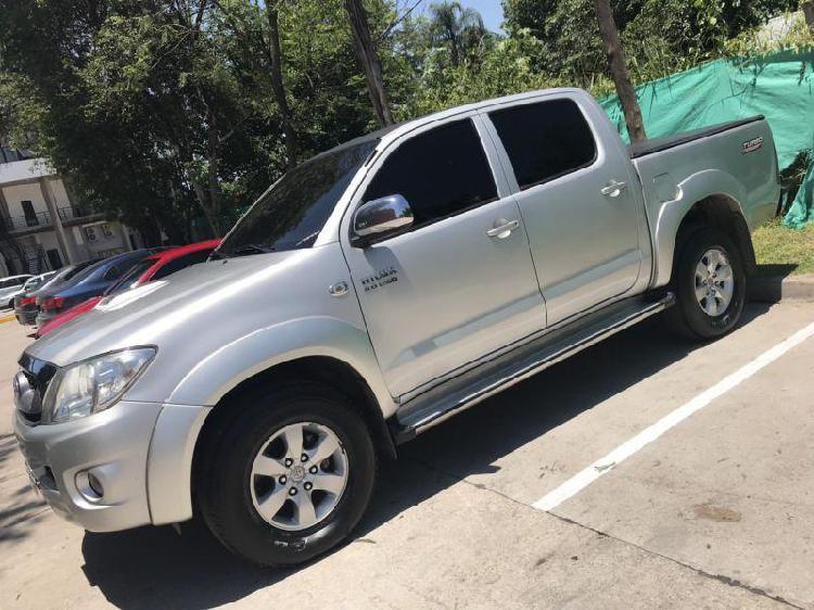 Servicio de Viajes o transporte en Toyota Hilux Acarreos