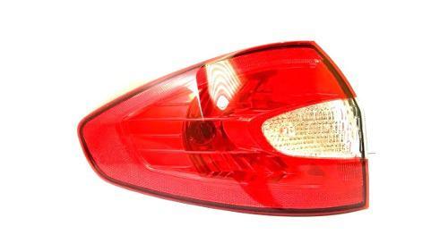 Stop Izquierdo Ford Fiesta 2.011 Sedan Baul