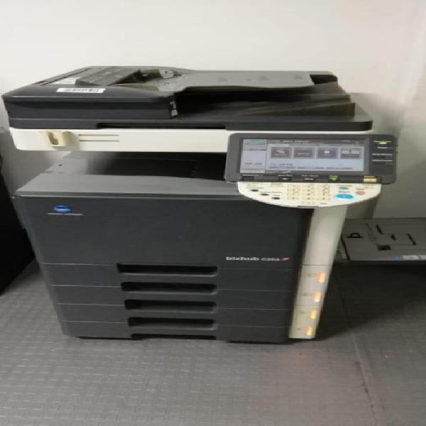impresora konica minolta c253 para repuesto o reparación