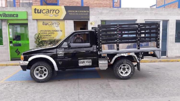 PERMUTO Camioneta Chevrolet Luv 2300 4×4 1996