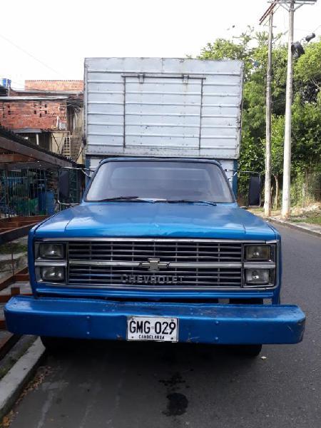 Se Vende O Se Permuta Camion Chevrolet